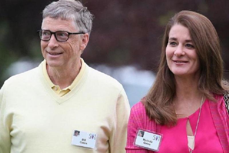 BILL GATES LE DA 365 MILLONES DE DÓLARES POR EL DIVORCIO A SU ESPOSA