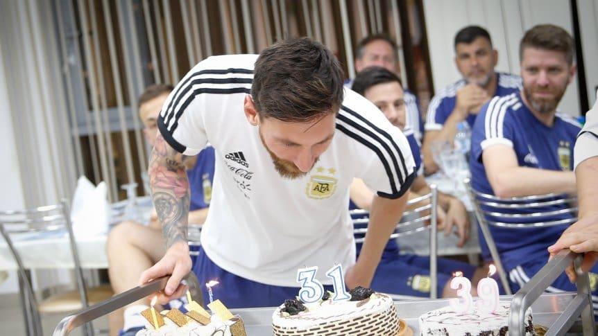 Messi festeja su cumpleaños